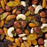ассорти орехи с изюмом
